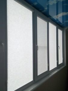 рулонные шторы на каждую створку
